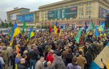 Мэрия Харькова предписала снести палатку воинов АТО и угрожает применением силы: жители города устроили Кернесу бунт