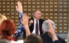 """""""Я хочу еще порцию его энергии и силы, у меня бабочки в животе от Путина"""", - подхалимский пост крымчанина стал хитом соцсетей"""