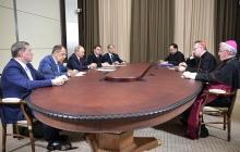 """""""Москва несет огромную ответственность за мир в ряде регионов"""", - представитель Ватикана рассказал, о чем говорил на встрече с Путиным"""