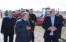 """Лукашенко о введении карантина в Беларуси: """"Людям это не нужно, могут и на вилы поднять"""""""