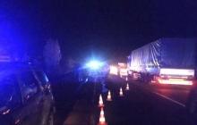 Водитель выпрыгнул на ходу: в Мукачево перевернулся трактор