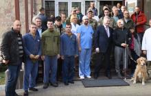 """Порошенко во львовском госпитале: """"Мы обещали людям, что их не сдадим"""", - видео"""