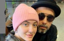 """С Бабкиным и его женой Снежаной случилась неприятность по дороге в Киев: """"Все внутри сжимается"""""""