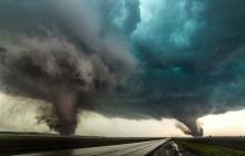 По Крыму ударила страшная стихия, много погибших и пропавших без вести: шторм не утихает, - кадры