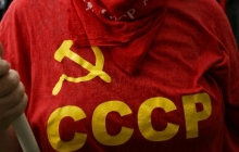 """Европа """"дала бой"""" советчине: серп и молот требуют запретить как символы """"оккупации, убийств и страданий"""""""