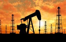 Цена на нефть обвалилась на 8%: после небольшого роста все снова рухнуло
