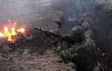 Наступление боевиков под Донецком попало на видео: подбит грузовик ГАЗ-66 с бойцами ООС