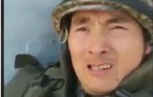 """""""Родители, я вас люблю"""", - военный из Казахстана записал душераздирающее видео на фоне взрывов в Арысе"""