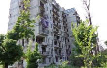 """Мрачные фото из оккупированного Донбасса: так за пять лет войны РФ """"обглодала"""" украинские города"""