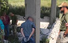 """На Луганщине СБУ пресекла диверсию ФСБ: задержан боевик """"ЛНР"""" с двумя гранатометами"""