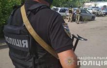 В Полтаве террорист с гранатой взял в заложники полковника Виталия Шияна, кадры