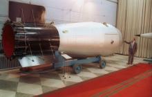 """Сын Хрущева рассказал про подрыв термоядерной """"Царь-бомбы"""": в СССР этого не знал никто"""