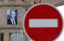 """""""Какую петицию подписать, чтобы и меня включили в список"""", - соцсети повеселили """"жесткие"""" санкции Путина"""