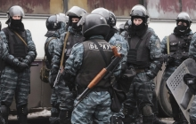"""Наказание за расстрел Майдана: суд ужесточил меру пресечения для экс-""""беркутовца"""", обвиняемого в убийствах 18 февраля 2014 года"""