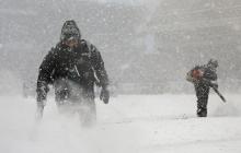 """Нибиру """"зависла"""" над США и обрушила небывалые снегопады: снежная стихия парализовала все вокруг, есть жертвы"""