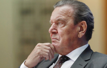 """МИД ответил экс-канцлеру Германии Шредеру за оскорбление посла: """"Не водитель с российскими деньгами"""""""