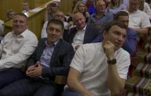 """""""Жаркий спор"""" Зеленского с депутатом из-за 175 млн гривен попал на видео: """"порешали"""" за 3 минуты"""
