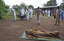 В Африке лихорадка Эбола унесла жизни 10 тысяч человек