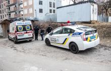 В Киеве возле медуниверситета найден труп человека в черном пакете - видео