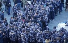 """Бунт в Киеве: улицы заполнили участники АТО и националисты, которые требуют создания """"Министерства по делам ветеранов"""""""