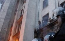 """В Николаеве судят обвиняемого в организации Одесской бойни 2 мая 2014 года. Подсудимый жалуется на """"нечеловеческие условия"""" - кадры"""