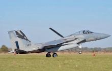"""""""Мы это повторим"""", - появились мощные кадры появления """"Орлов"""" F-15 ВВС США на украинской земле"""