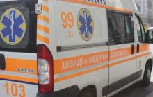 Под Днепром в квартирном доме прогремел взрыв: скорая увезла пострадавших, детали