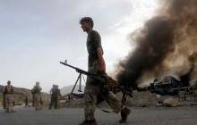 """В Афганистане смертник """"Талибана"""" взорвал армейскую колонну американских военных. Десятки пострадавших"""