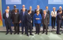 """Меркель """"потеряла"""" Путина на конференции в Берлине: курьез попал на видео"""