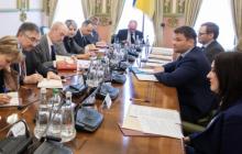 Андрей Богдан сделал важное заявление о судьбе ПриватБанка
