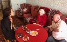 Родители Зеленского показали фото своей квартиры: соцсети удивлены необычными снимками