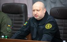 Россия активно готовит армию: Турчинов сделал тревожное заявление о войсках России на границе с Украиной