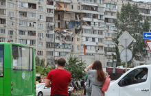 Количество жертв взрыва на Позняках в Киеве возросло: спасатели достали еще одно тело