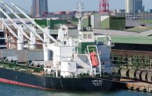 """Американская нефть для Беларуси: первый танкер с """"черным золотом"""" прибыл в порт Клайпеда"""