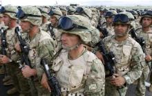 Запад загнал Путина в тупик и готовится к войне - к границе РФ экстренно перебрасывают сотни бойцов НАТО и технику
