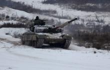 Танки, боевые машины пехоты и артиллерия: в Сети появились яркие кадры учений ВСУ на Черниговщине