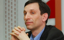 Портников рассказал о том, что Путин и Медведев в любой момент готовы сбежать из России в случае опасности