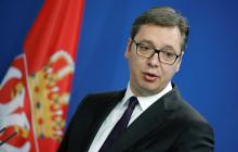 Президент Республики Сербия начал бесконтрольно откашливаться и вытирать нос после вопроса о коронавирусе, кадры
