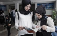 """В России запретили хиджабы в школах: Кадыров молчит, а всегда такой """"грозный"""""""