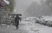 """Прогноз погоды для Украины на выходные будет """"капризным"""": синоптик обещает до -12 ночью и тепло днем"""