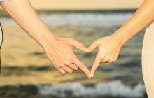 К кому в декабре придет безумная любовь: трем знакам Зодиака надо настраиваться на романтику