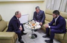 """""""Мало не покажется"""", - Путин похвалил Нурмагомедова за дикую выходку на ринге"""