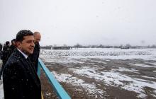 Зеленский принял участие в открытии восстановленного моста через речку Чечва в Ивано-Франковской области