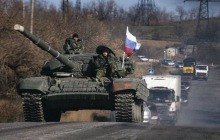 """Боевики """"ДНР"""" угрожают Украине танковым прорывом: видео колонны тяжелой бронетехники"""