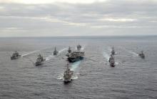 Ситуация накаляется: навстречу российской эксадре в Средиземном море выдвинулась ударная группа 6-го флота ВМС США, детали