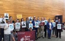 Депутаты Европарламента встали на защиту Сенцова: ПАСЕ требует от Кремля освобождения украинца - кадры
