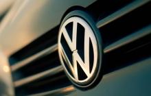 """СМИ: В Volkswagen знали о махинациях еще до """"дизельного"""" скандала"""