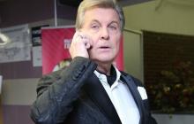 СМИ: Лев Лещенко на грани, начался отек легких