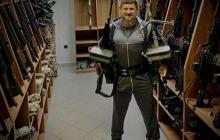 """Кадыров с оружием в руках обратился к Помпео после внесения его и членов  семьи в """"черный список"""" США"""