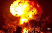 """Российская ракета рухнула в Казахстане рядом с селом: """"Два громких взрыва"""", - военные РФ молчат"""
